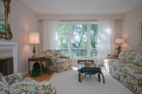 51_Living_Room