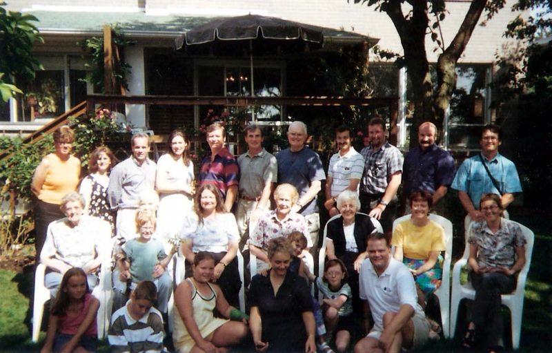 2000 - last large family photo