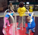 Jan07_kids_on_mgr